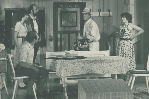 Bäuerin,-Martha-Eibel-(rechts)