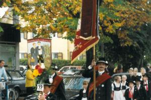 Fahne-Donarbichler